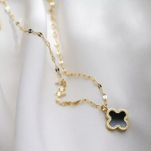 gold-chain-necklace-with-clover-pendant-Marlow-Buckinghamshire-United-Kingdom-Toria-Lee-Accessories