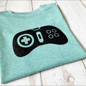 Kids-Switch-T-Shirt-in-Heather-Green-or-Navy-Marlow-Buckinghamshire-United-Kingdom-Toria-Lee-Accessories