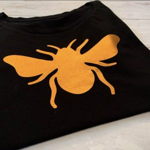 Black-Slim-Fit-T-shirt-with-Copper-Bee-Marlow-Buckinghamshire-United-Kingdom-Toria-Lee-Accessories