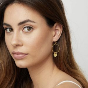 Gold-Dominique-Mini-Hoop-Earrings-Marlow-Buckinghamshire-United-Kingdom-Toria-Lee-Accessories