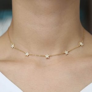Gold- Chain-Necklace-with Crystal-Stars-Marlow-Buckinghamshire-United-Kingdom-Toria-Lee-Accessories
