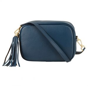 Teal-Crossbody-Leather-Bag-Marlow-Buckinghamshire-United-Kingdom-Toria-Lee-Accessories